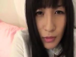 Webcam pleasuring oneself