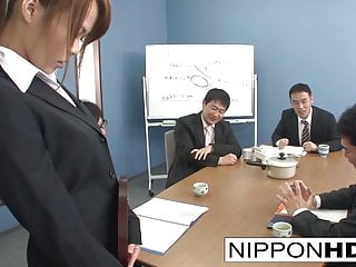 Sexy Asian slot girl blows her coworkers
