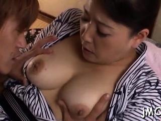 Estimable mature asian Name Koitoka does something