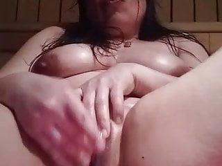Thai-BBW- Call-girl Fingers he boring pussy