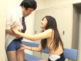 Hot schoolgirl plays yon one-eyed unrefined