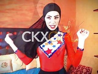 hijabi Muslimgirls webcam Muslim Arab girl webcam naked