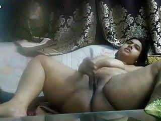 Desi bbw bhabi hot pussy fing
