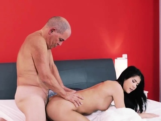 Old man cums in girl saucy time Older gentleman together with his prin