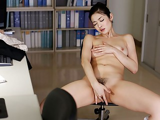 Hot Ryu Uses Toy To Get Pleasure To hand The Office - JapanHDV