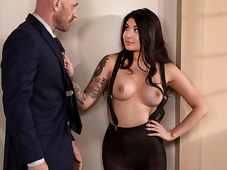Brenna Sparks & Johnny Sins forth Banging My Bosss Daughter - BRAZZERS