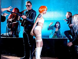Alessa Savage & Marc Rose in Rina Ellis Saves The World: A XXX 90s Parody, Escapade 1 - DigitalPlayground